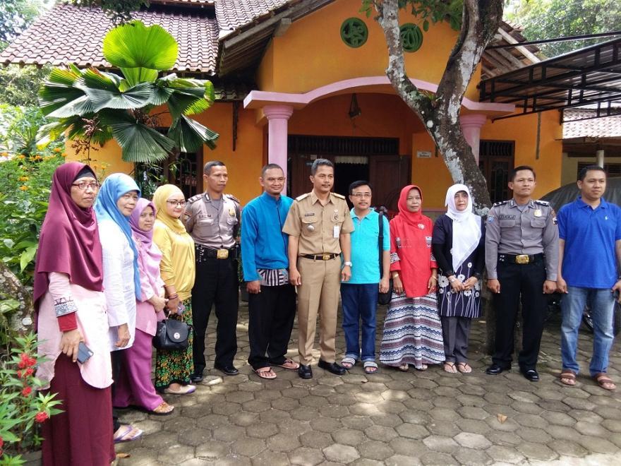 Image : Kampoeng Dolanan Dusun Karanggeneng Desa Jamuskauman